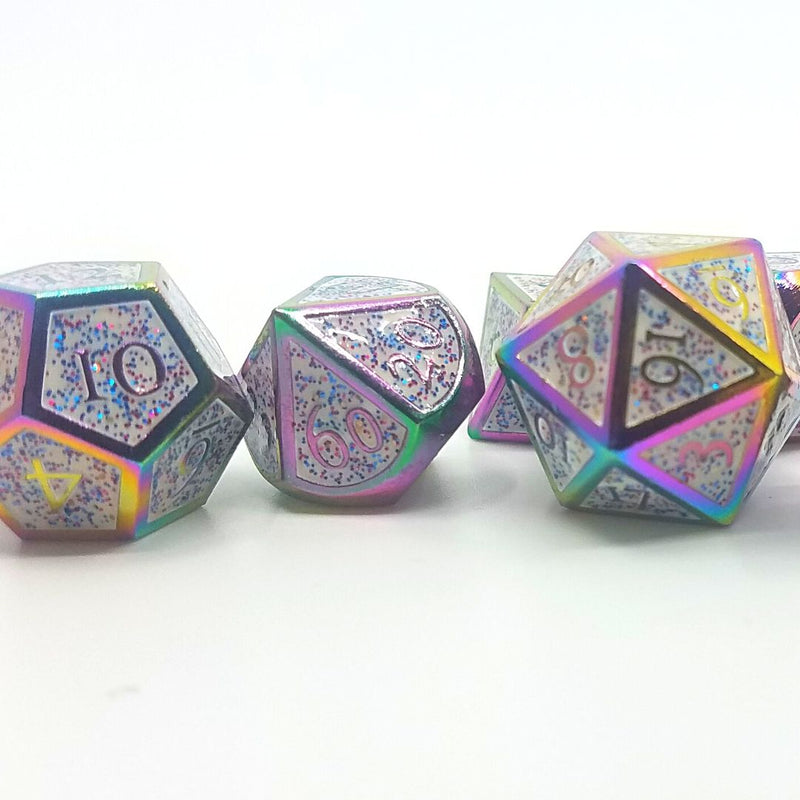 wings of euphoria - white glitter metal dice set