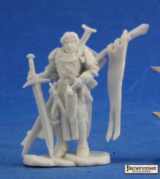 Reaper Miniatures - Male Human Fighter Cavalier - unpainted