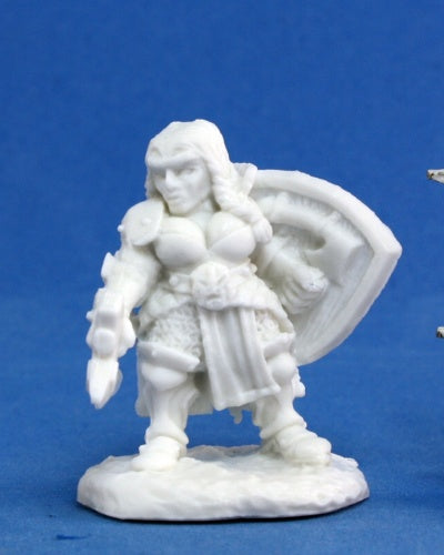 Reaper Bones - Female Dwarf Fighter - unpainted