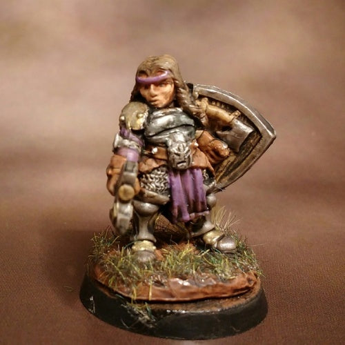 Reaper Minis - Female Dwarf Fighter - painted
