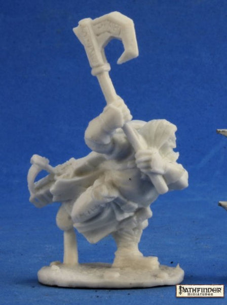 Reaper Miniatures - Male Dwarf Ranger with Axe