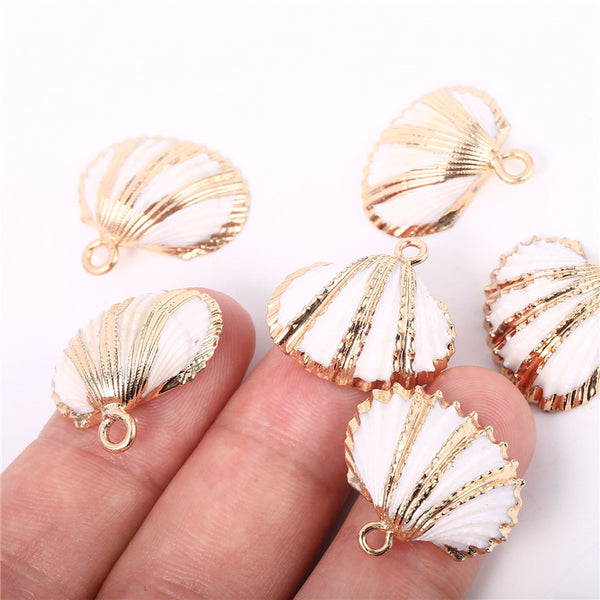 6PCS White Scallop Shells Pendant Small Ark Clam Sea Shell Charms