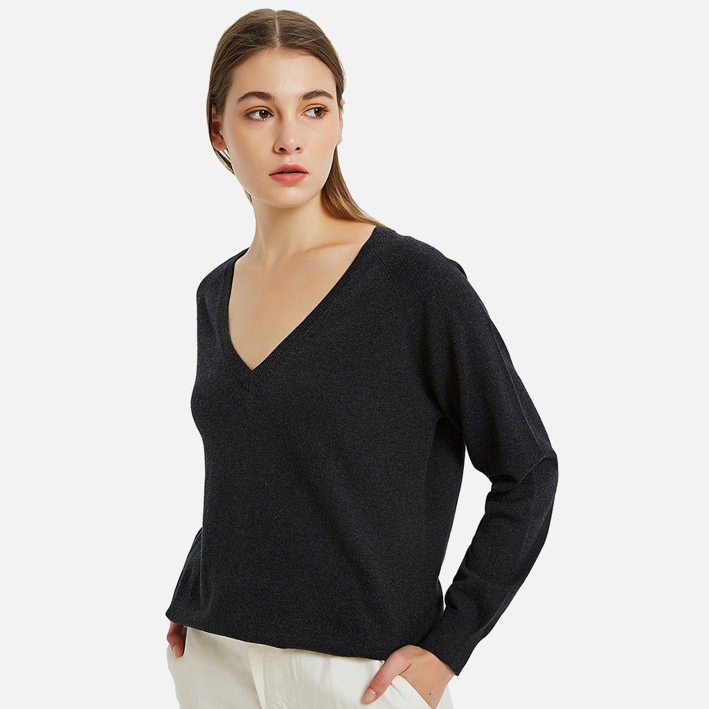 Cottn Deep V-neck Pullover