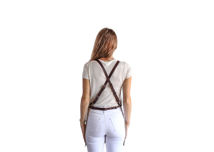 cream-leather-apron-no-pockets-back-straps