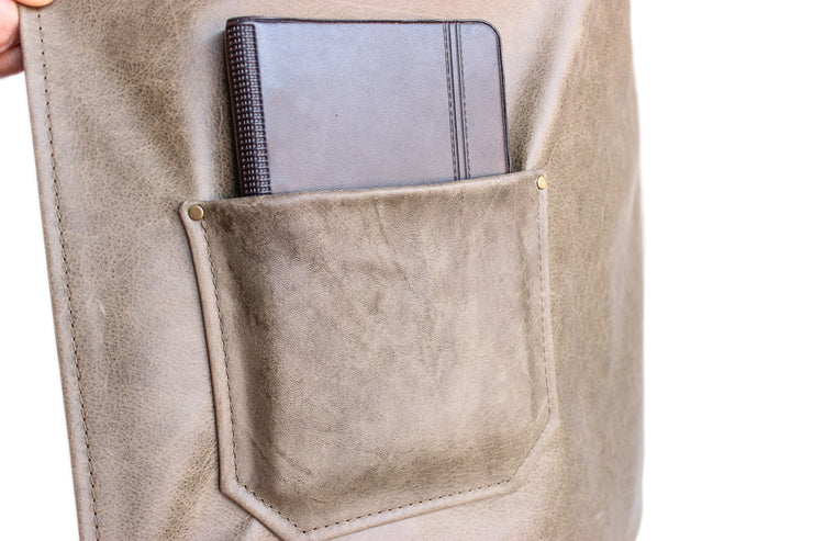 olive-leather-apron-small-pocket