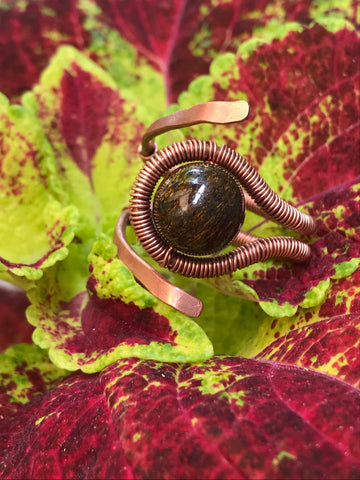Bronzite and Hammered Copper ring - adjustable