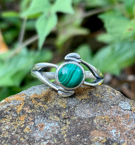 Sterling Silver and Malachite Ring - size 7