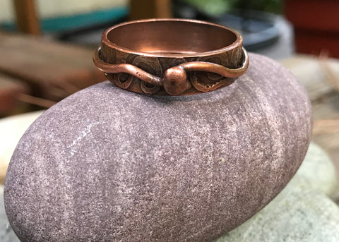 Large Copper Etched Ring - size 17