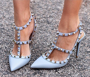 Topsqueen Trendy Pointed Toe Rivets Stiletto Heels
