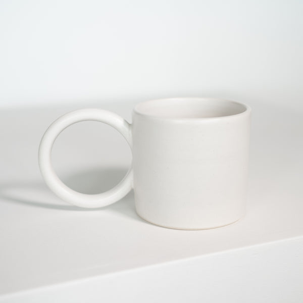 Round Handle Mug in White