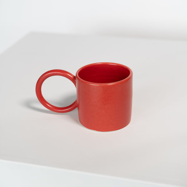 Round Handle Mug in Red