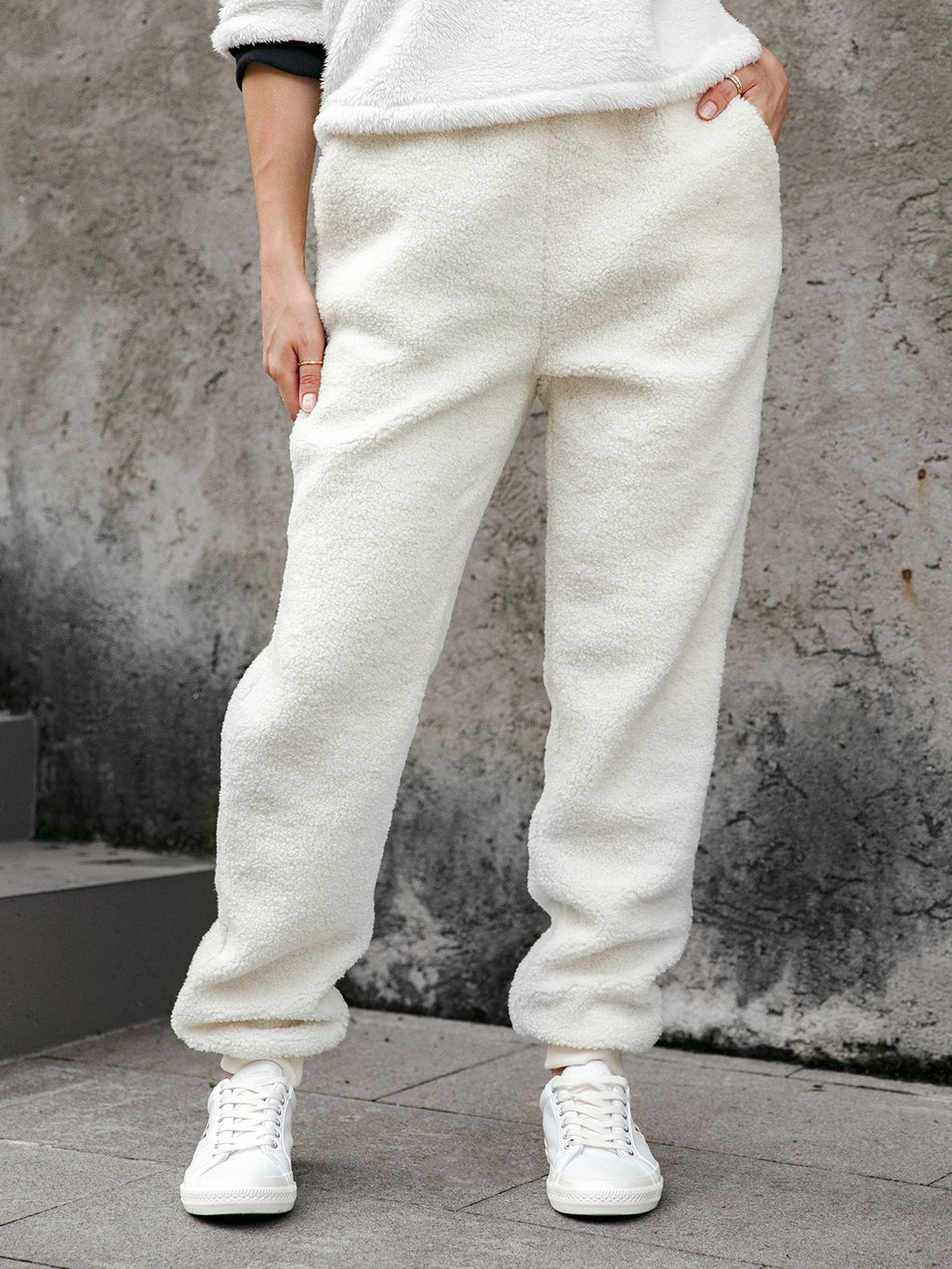 Casual Plain Pockets Fluffy Women's Pants