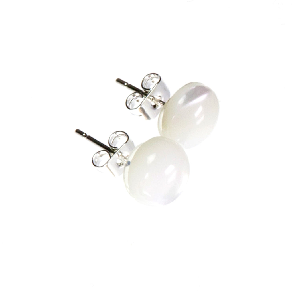 Cream Mother of Pearl Stud Earrings