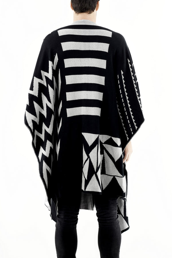 Knitwear V-Neck Black/Grey Poncho