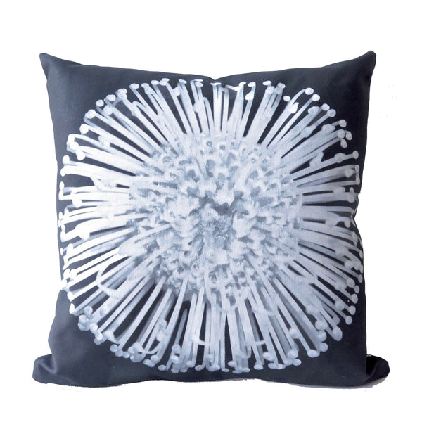Pin Flower Cushion