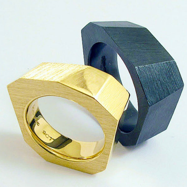 Black and Gold Ring Set