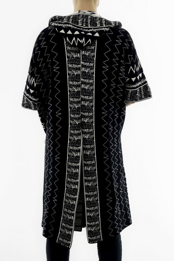 Knitwear Poncho with Ethnic Jacquard Design V2