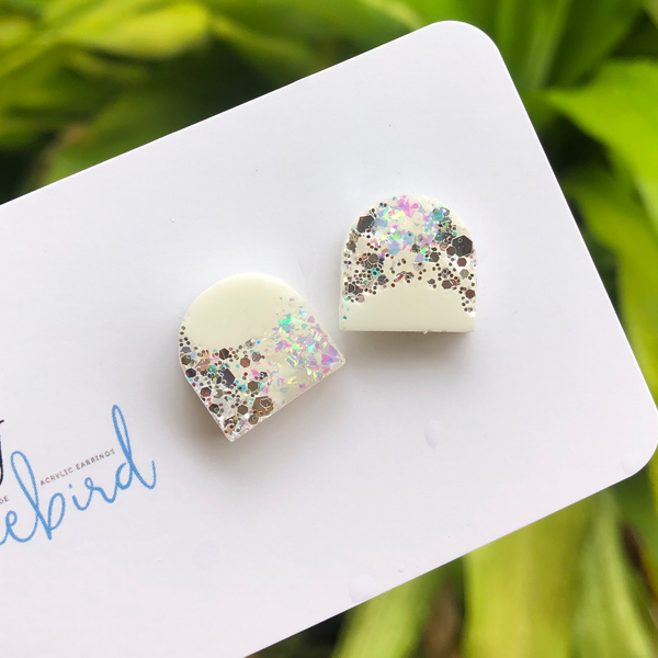 Arch resin stud
