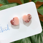 Heart stud resin