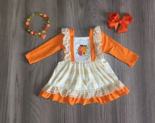 Load image into Gallery viewer, Pumpkin Dress With Accessories