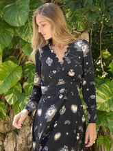 Load image into Gallery viewer, Stardust Black Scallop Pattern Dress