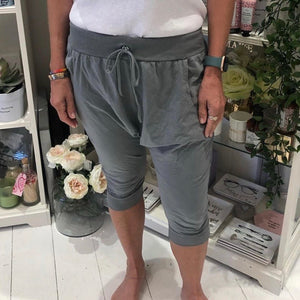 Must Have Crop Joggers