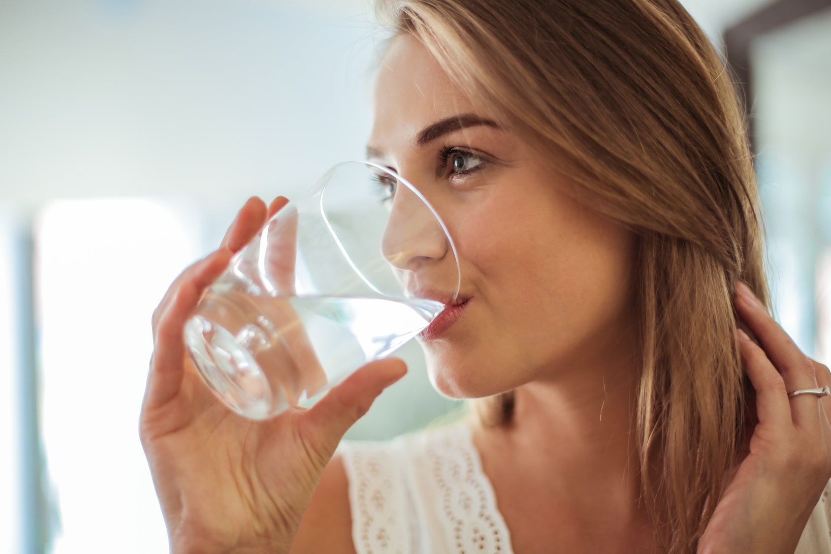 5 Ways to Drink More Water Daily - Probelle - We Healthify Your Beauty
