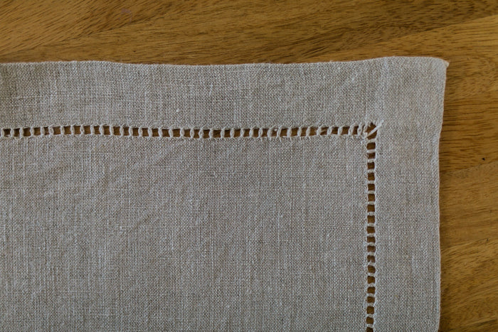 fine linen drawn-thread work placemats (pair)