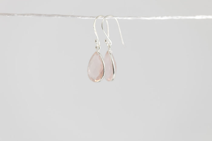 pear-shaped gemstone drop earring