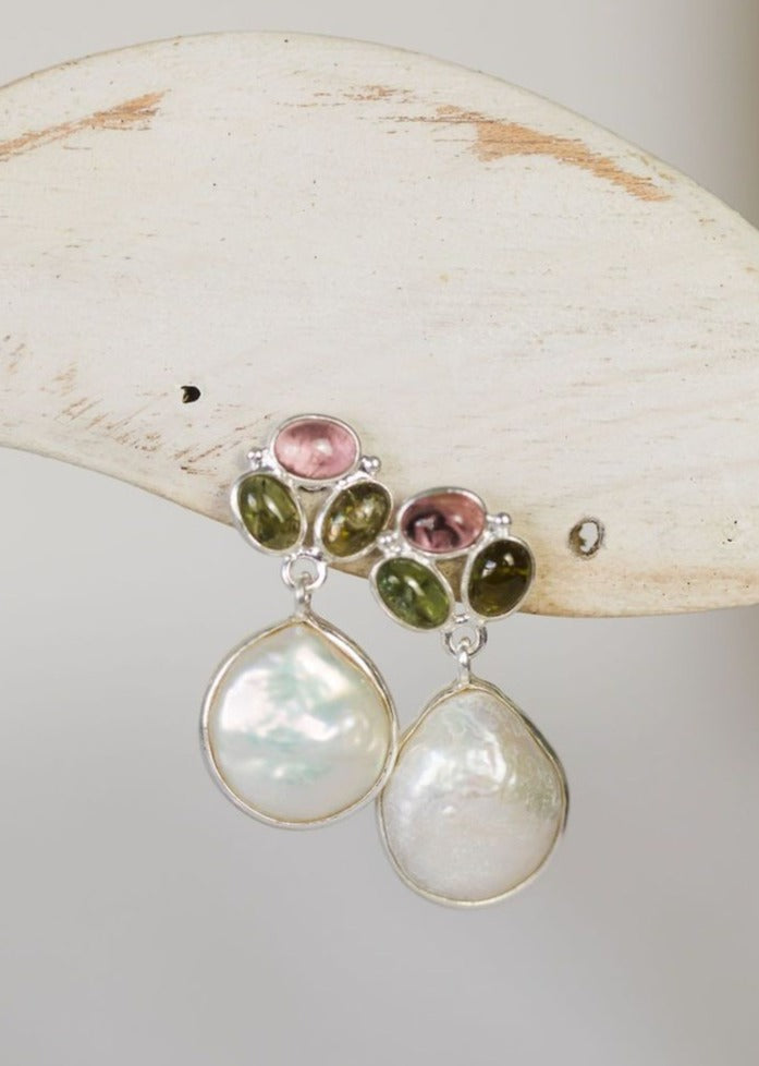 baroque pearl drop on trio of tourmaline stones