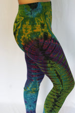 Load image into Gallery viewer, Tie Dye Leggings