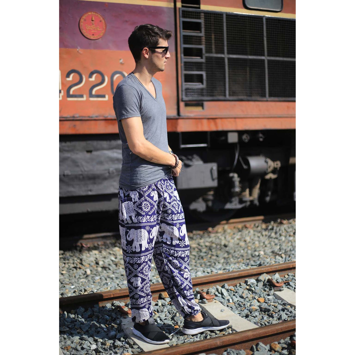 Imperial Elephant men's Elephant Harem Pants in Navy Blue