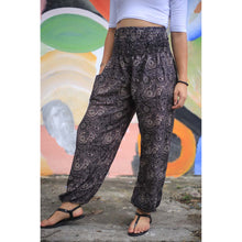 Load image into Gallery viewer, Paisley Mistery 16 Men/Women's harem pants in Black Gold PP0004 020016 10