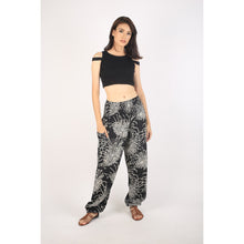 Load image into Gallery viewer, Flower 194 women harem pants in Black PP0004 020194 08