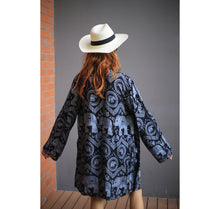 Load image into Gallery viewer, Elephant Circles Women Kimono in Black JK0020 020051 01