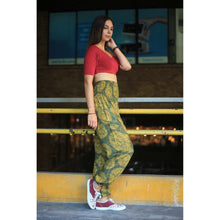 Load image into Gallery viewer, Floral Classic 98 women harem pants in Green PP0004 020098 07