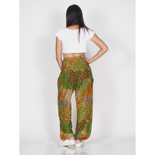 Load image into Gallery viewer, Feather bed 76 women harem pants in green PP0004 020076 06