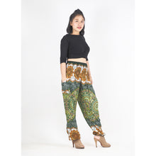 Load image into Gallery viewer, Mandala 196 women harem pants in Green PP0004 020196 06