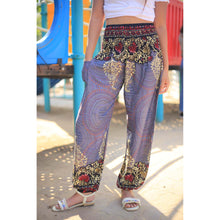 Load image into Gallery viewer, Large paisley 124 women harem pants in Black PP0004 020124 06