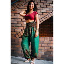 Load image into Gallery viewer, Middle east 106 women harem pants in Green PP0004 020106 01