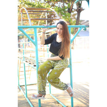 Load image into Gallery viewer, Rose bush 183 women harem pants in Green PP0004 020183 02