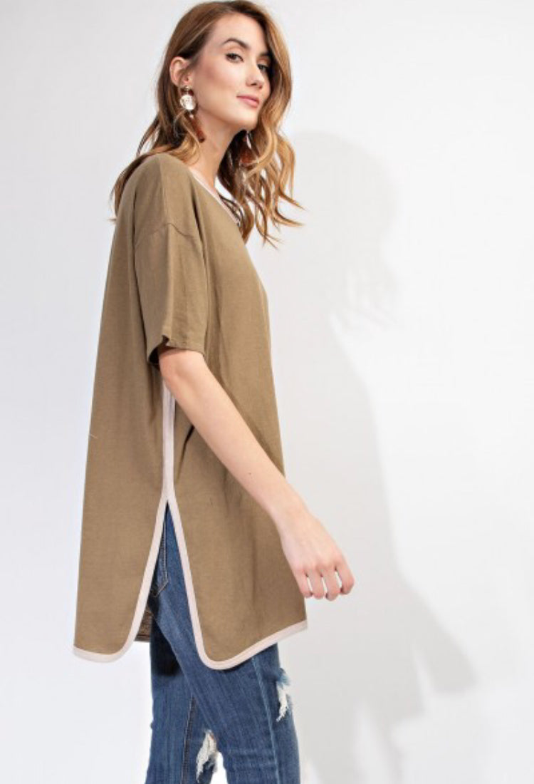 EASEL RELAXED BOXY TUNIC TOP