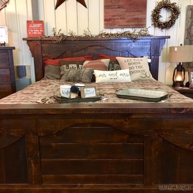 WOODLAND PARK KING BED-Rustic Ranch