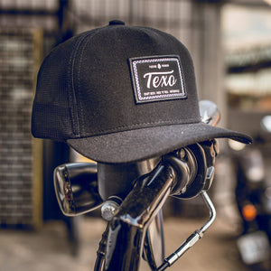 Boné Trucker Preto, com patch da Texo - Craft Beer, Rock'n'roll, Motorcycles.