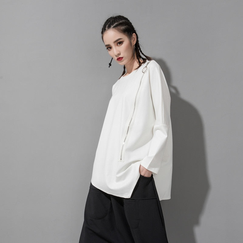 Round Neck Long Sleeve Irregular Hem T-shirt