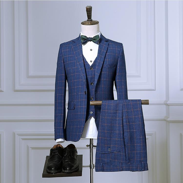 Plaid 3 Piece Suit