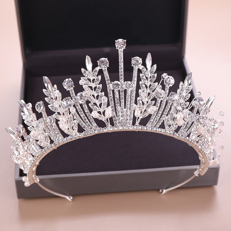 Luxurious Rhinestone Freshwater Pearls Tiara Crown