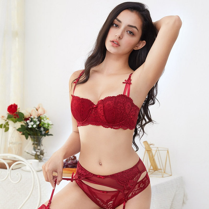 3pcs Lingerie Set With Bra, Panties & Garter