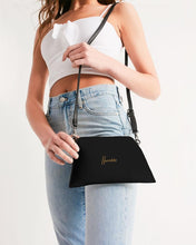 Laden Sie das Bild in den Galerie-Viewer, KX - Humble - Wristlet Noir