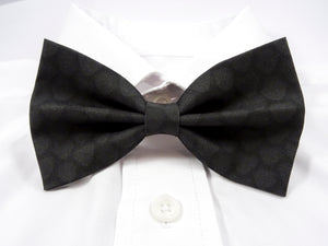 DISCONTINUED Black Dragon Scales Pre-Tied Bow Tie